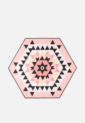 Hexagon Printed Mat